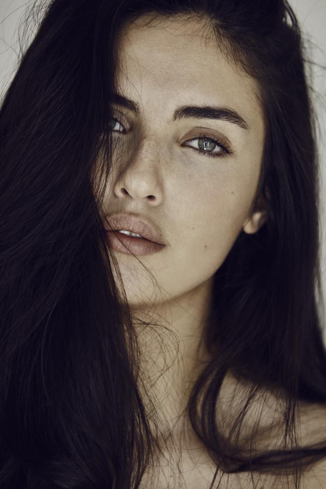 LAURA 20