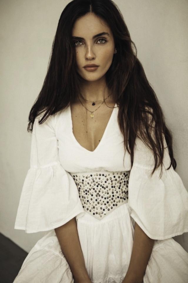 Petite model Laura is shooting for clothing brand RECC Paris.