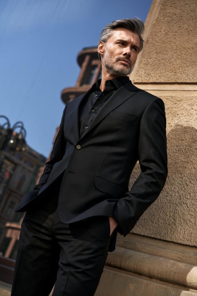 Mature model Rafal Wojtysiak