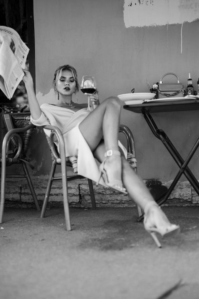 Classic photograph on back and white, Varyabaikova looks beautiful
