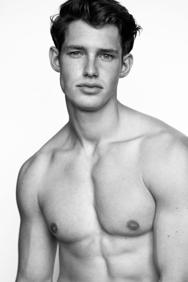 Male model Marvin Left