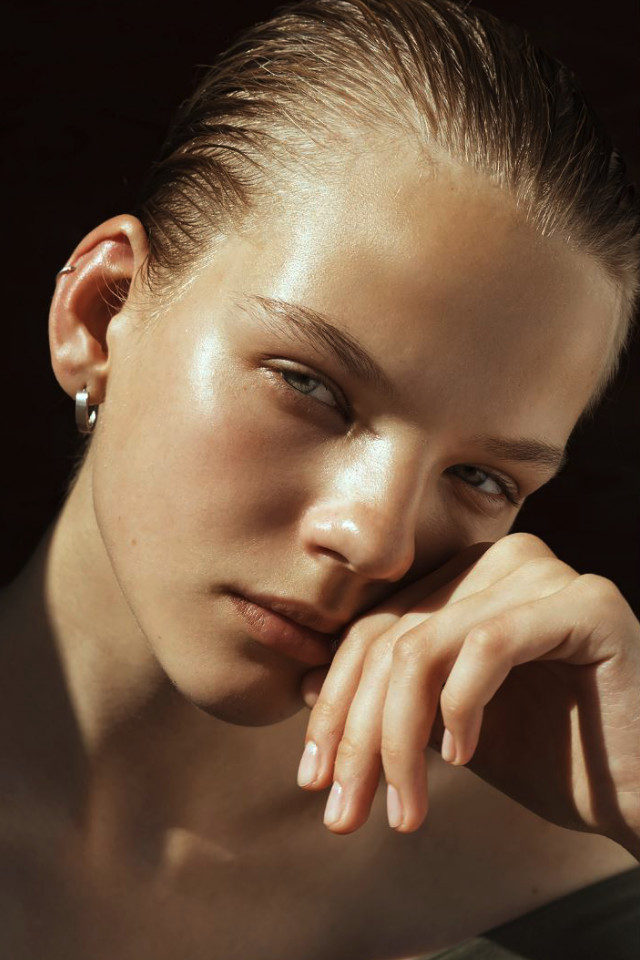 Top Fashion model Maryna Horda is represented by Bali Modelling agency Castaway Model Management